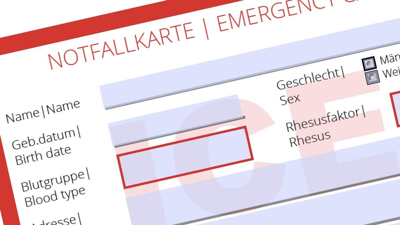 Notfallkarte mit persönlichen Daten
