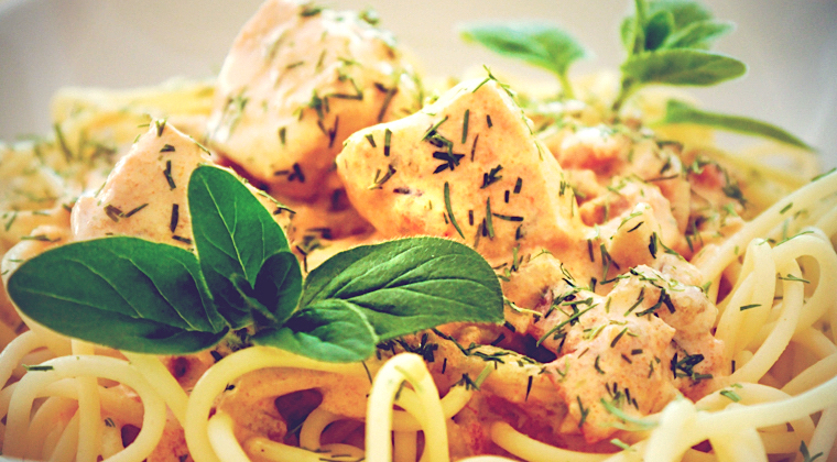 Schnelle Rezepte: Pasta An Lachs-Dill-Creme