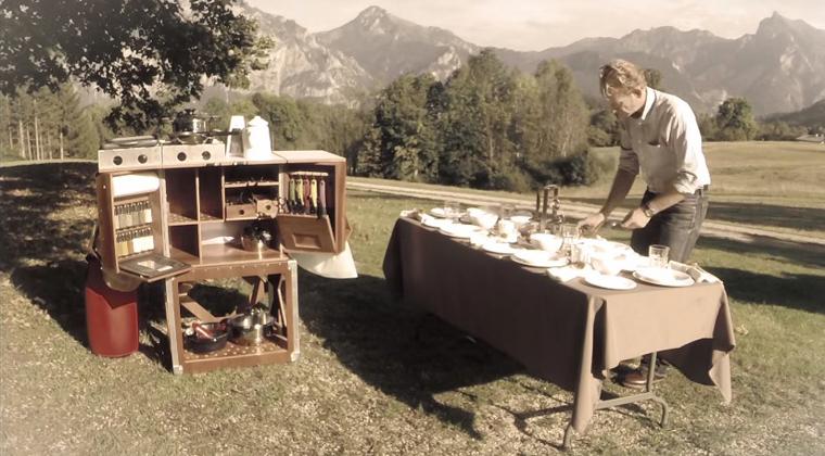 """Campingküche Für Anspruchsvolle """"Outdoor-Chefs"""""""