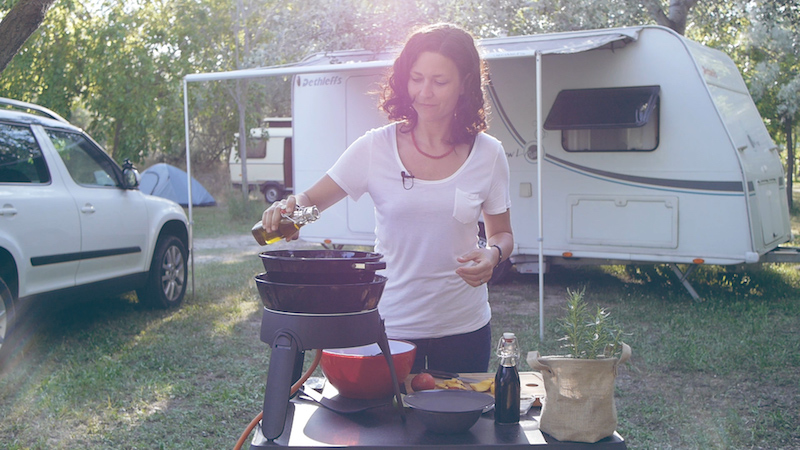 Rezepte Für Den Camping-Grill + Gewinnspiel: Teil 3 – Fruchtiger Salat Mit Riesengarnelen Und Nektarinen