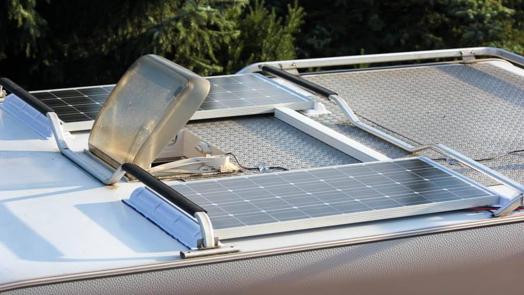 Solaranlage auf dem Wohnmobil – eine Montageanleitung