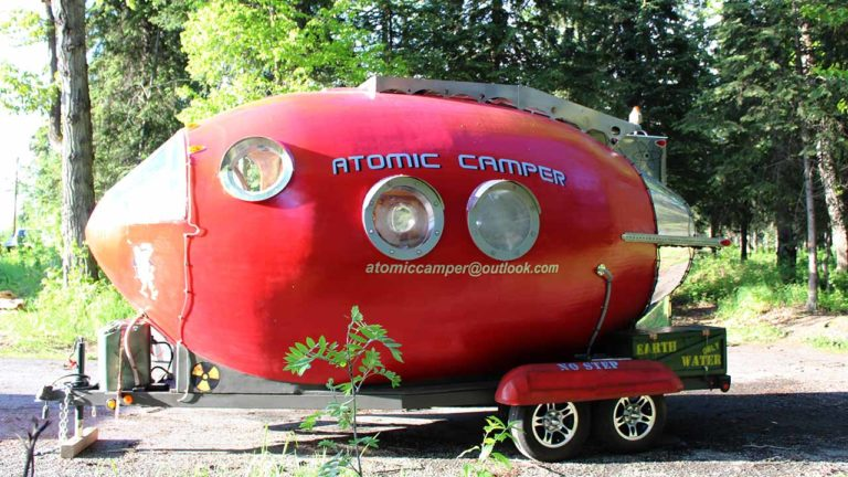 Der Atomic Camper in Alaska